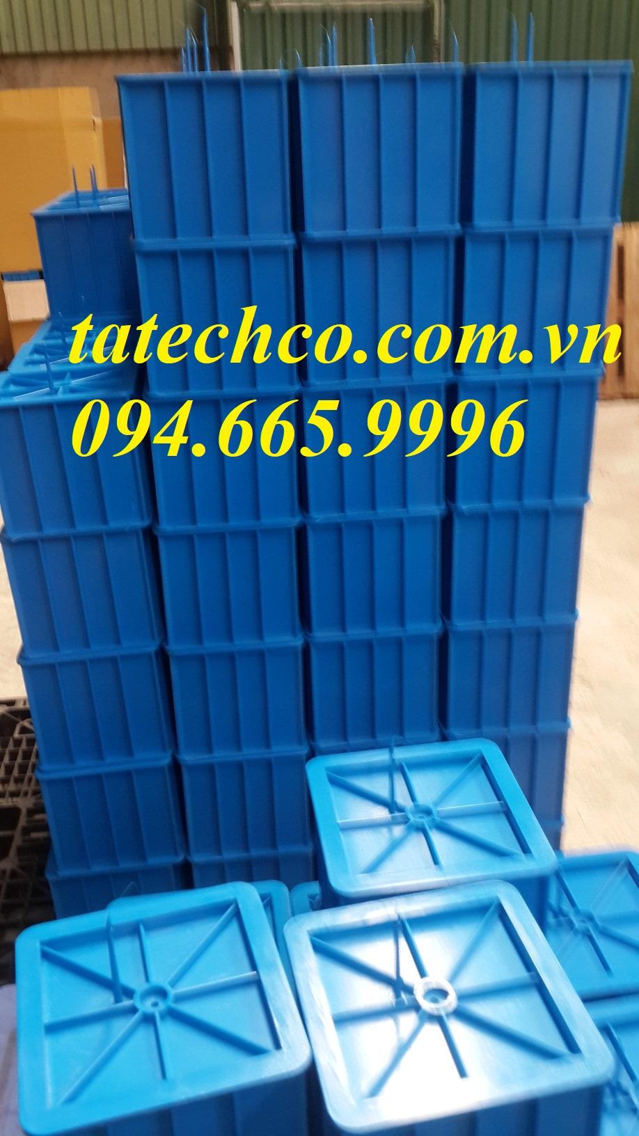 khuôn đúc mẫu bê tông lâp phương bằng nhựa 15x15x15cm